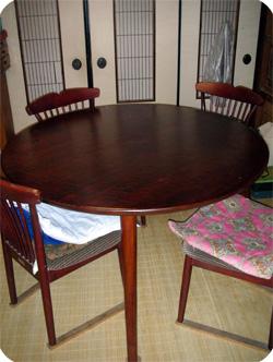 別注くるみの丸テーブル