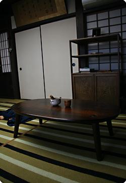 別注楕円ティーテーブル