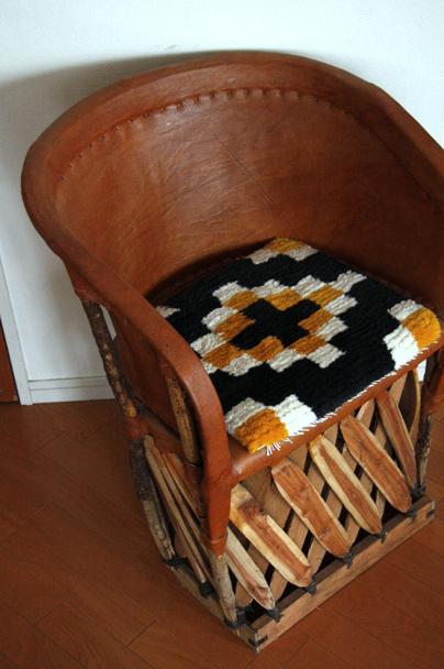 手織りの仕事 -小野真佐子-