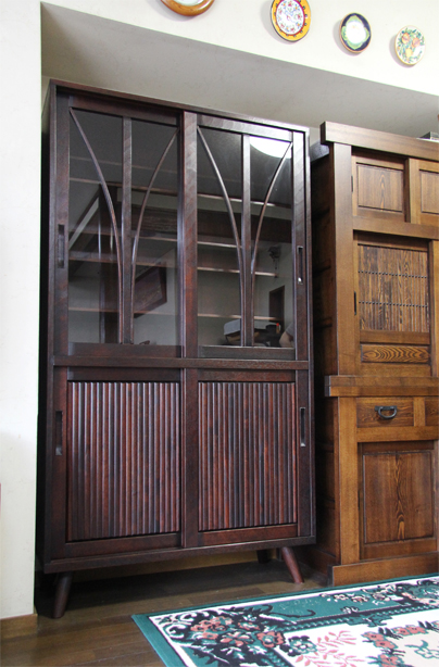 別注引き戸食器棚